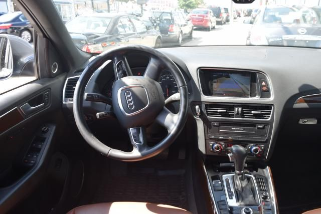 2012 Audi Q5 2.0T Premium Plus Richmond Hill, New York 10
