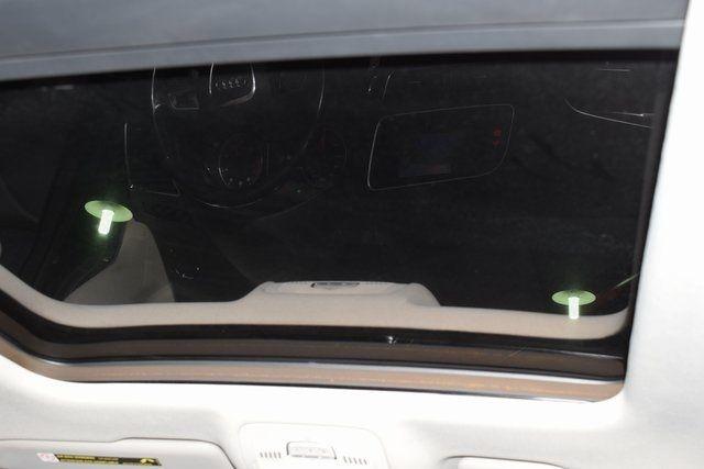 2012 Audi Q5 2.0T Premium Plus Richmond Hill, New York 18