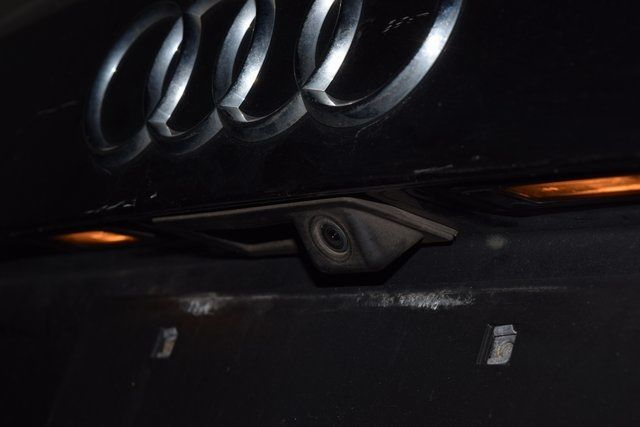 2012 Audi Q5 2.0T Premium Plus Richmond Hill, New York 7