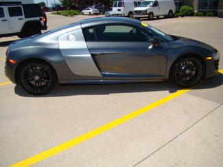 2012 Audi R8 5.2L Bettendorf, Iowa 32