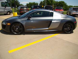 2012 Audi R8 5.2L Bettendorf, Iowa 27