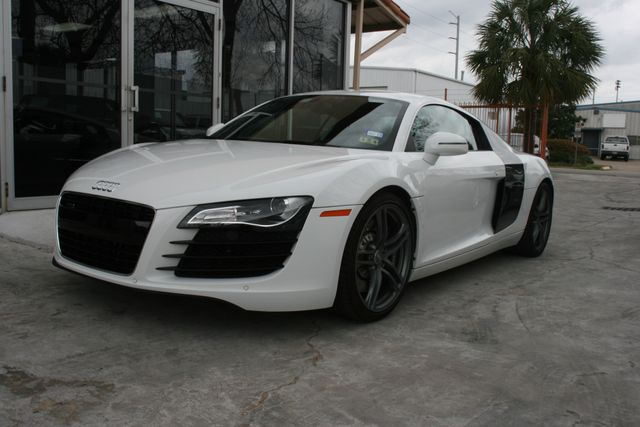 2012 Audi R8 4.2L Houston, Texas 1
