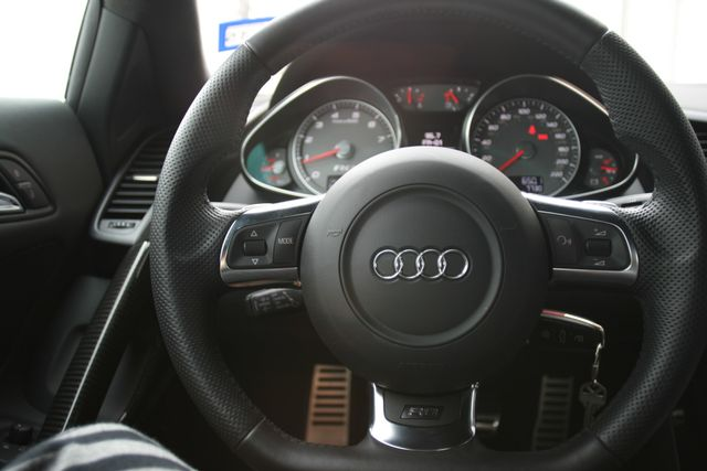 2012 Audi R8 4.2L Houston, Texas 16