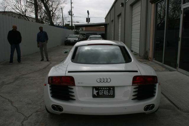 2012 Audi R8 4.2L Houston, Texas 5