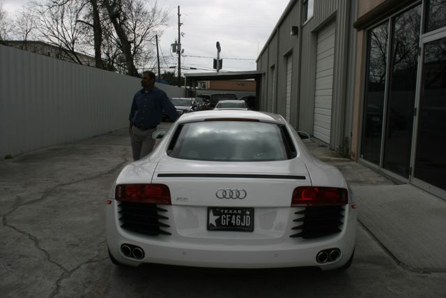 2012 Audi R8 4.2L Houston, Texas 6