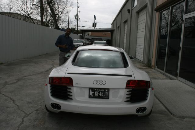 2012 Audi R8 4.2L Houston, Texas 7