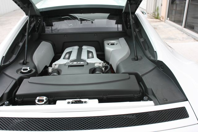 2012 Audi R8 4.2L Houston, Texas 10