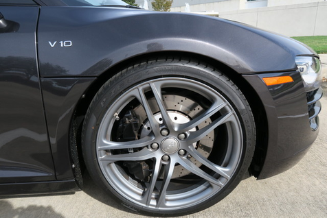 2012 Audi R8 V10 5.2 L QUATTRO in Houston, Texas