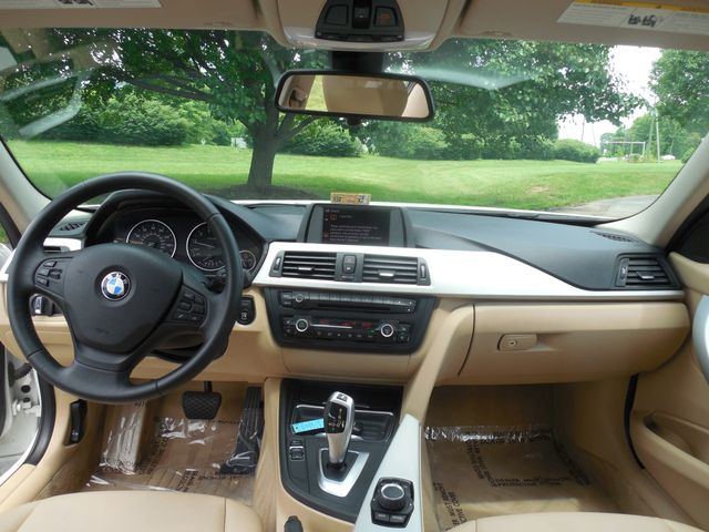 2012 BMW 328i Leesburg, Virginia 11