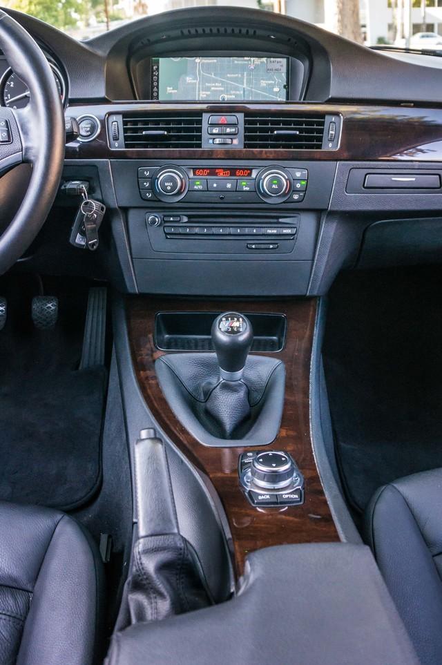 2012 BMW 328i  6SPD MANUAL - NAVI - 42K MILES - XENON Reseda, CA 22
