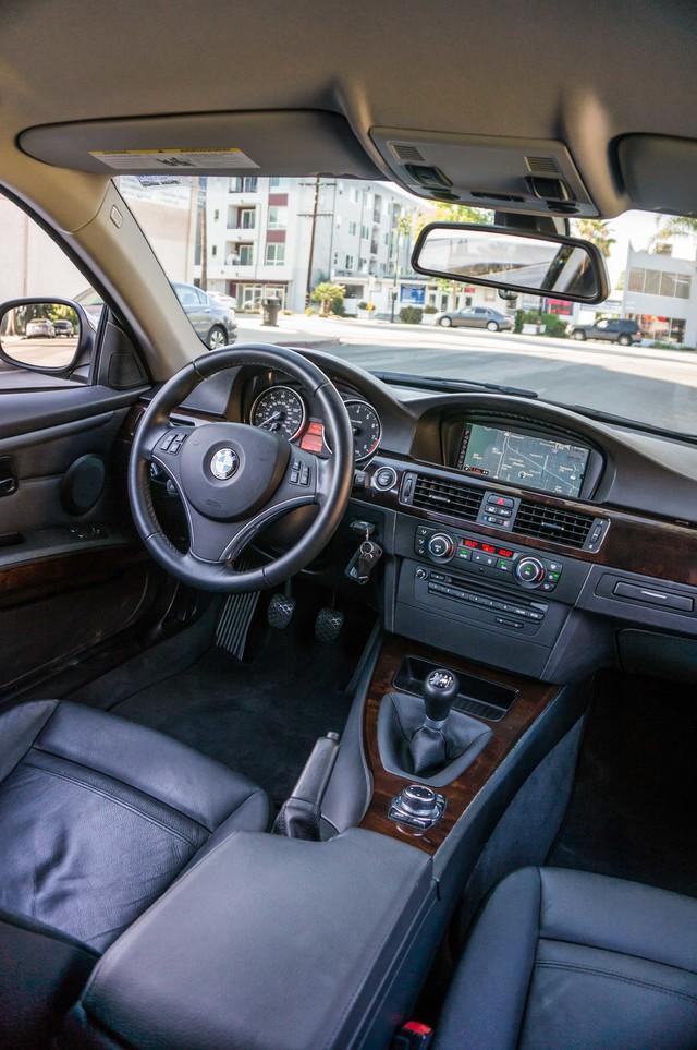 2012 BMW 328i  6SPD MANUAL - NAVI - 42K MILES - XENON Reseda, CA 35