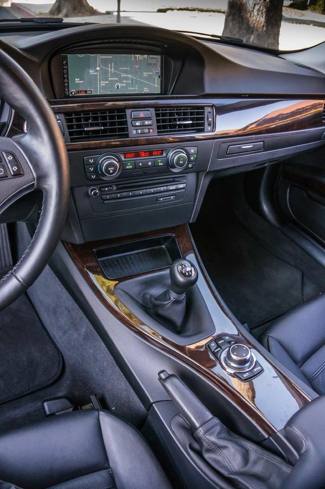 2012 BMW 328i  6SPD MANUAL - NAVI - 42K MILES - XENON Reseda, CA 23