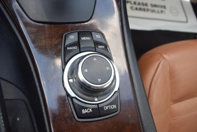 2012 BMW 328i xDrive 2dr Cpe 328i xDrive AWD SULEV Richmond Hill, New York 14