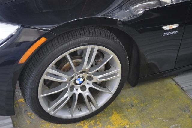2012 BMW 335i xDrive 2dr Cpe 335i xDrive AWD Richmond Hill, New York 7