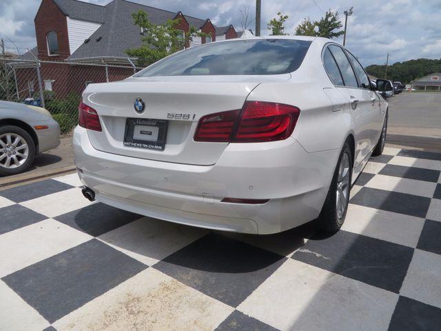 2012 BMW 528i Charlotte-Matthews, North Carolina 21