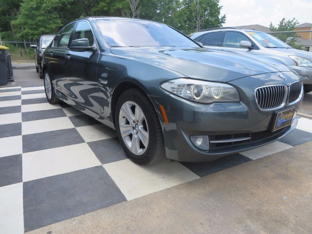 2012 BMW 528i xDrive Charlotte-Matthews, North Carolina 12