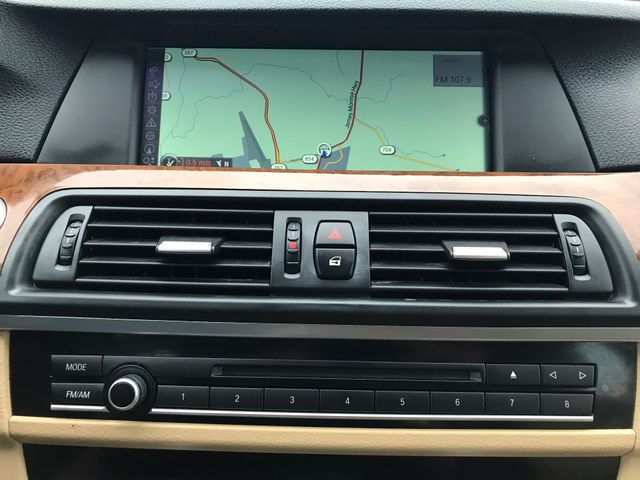 2012 BMW 528i xDrive Leesburg, Virginia 26