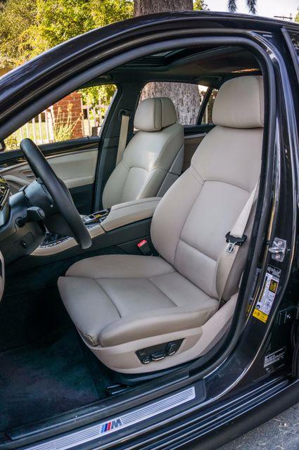 2012 BMW 535i 6SPD MANUAL - M-SPORT - NAVI - TECH PKG Reseda, CA 30