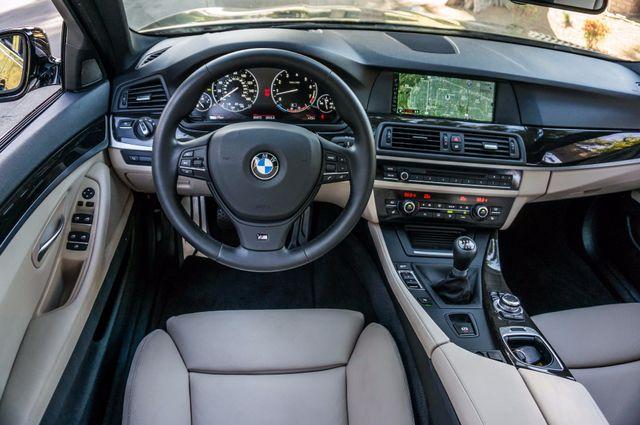 2012 BMW 535i 6SPD MANUAL - M-SPORT - NAVI - TECH PKG Reseda, CA 20