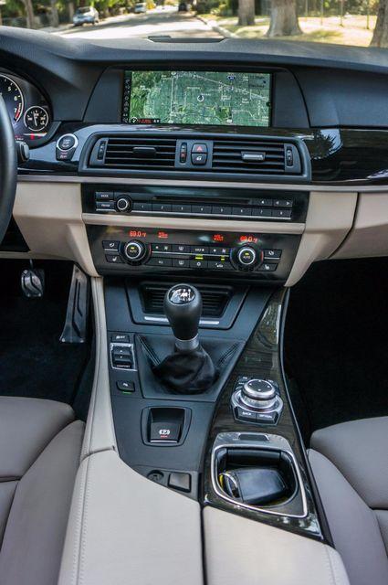 2012 BMW 535i 6SPD MANUAL - M-SPORT - NAVI - TECH PKG Reseda, CA 23