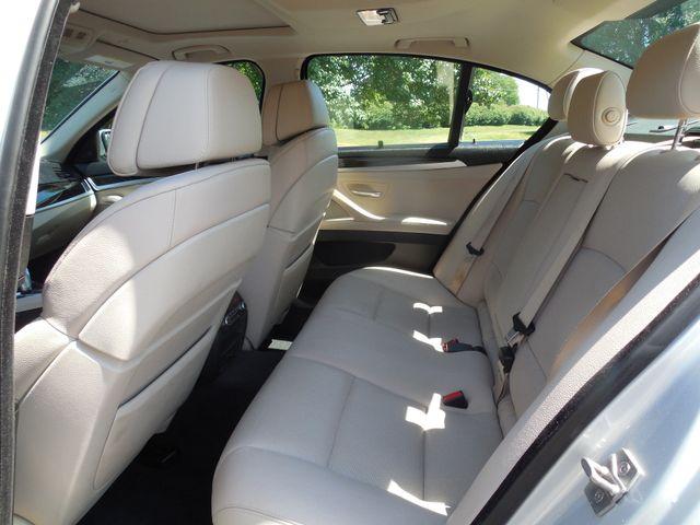 2012 BMW 550i Leesburg, Virginia 11