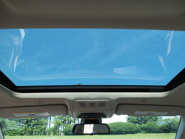 2012 BMW 550i Leesburg, Virginia 36