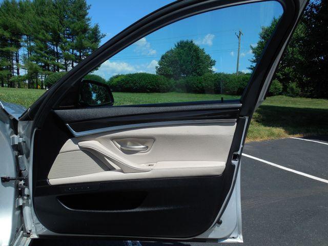 2012 BMW 550i Leesburg, Virginia 15