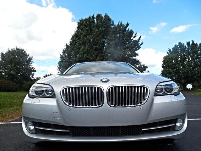 2012 BMW 550i Leesburg, Virginia 8