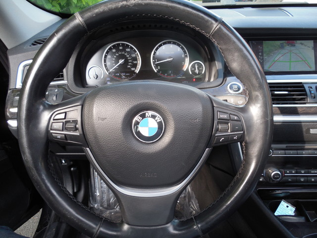 2012 BMW 550i xDrive Gran Turismo Leesburg, Virginia 12