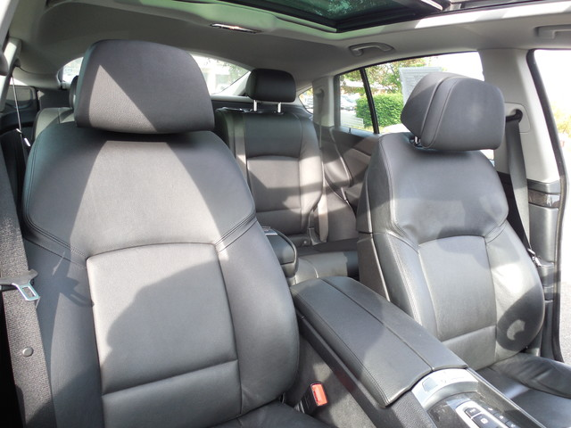 2012 BMW 550i xDrive Gran Turismo Leesburg, Virginia 8