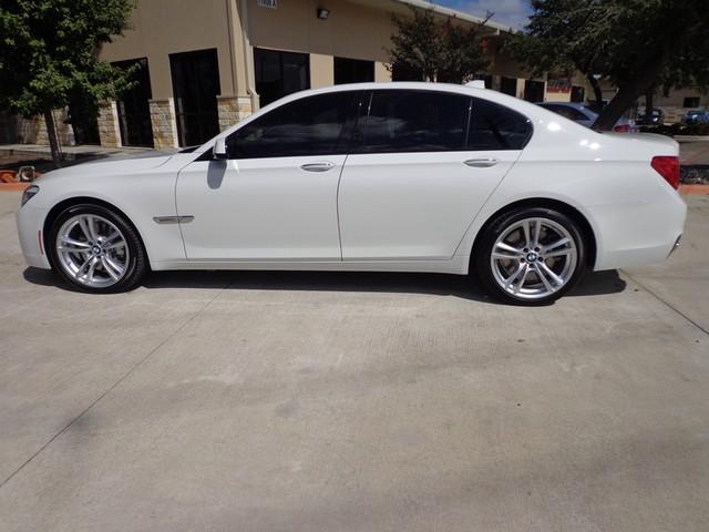 2012 BMW 750i Austin , Texas 3