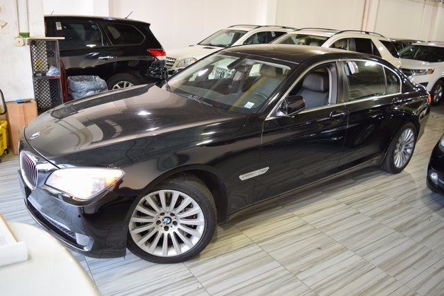 2012 BMW 750Li xDrive 4dr Sdn 750Li xDrive AWD Richmond Hill, New York 1