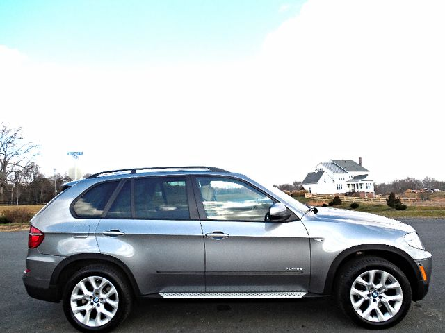 2012 BMW X5 xDrive35i Sport Activity Leesburg, Virginia 4