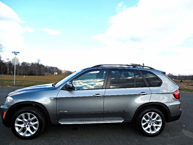 2012 BMW X5 xDrive35i Sport Activity Leesburg, Virginia 5