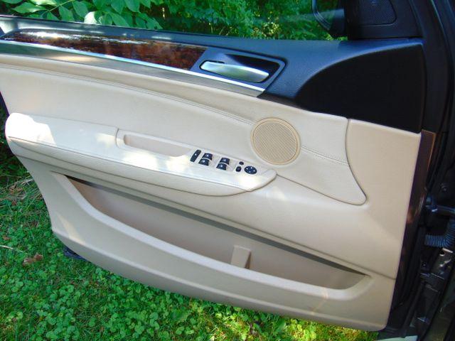 2012 BMW X5 xDrive35i  Sport Activity Leesburg, Virginia 21