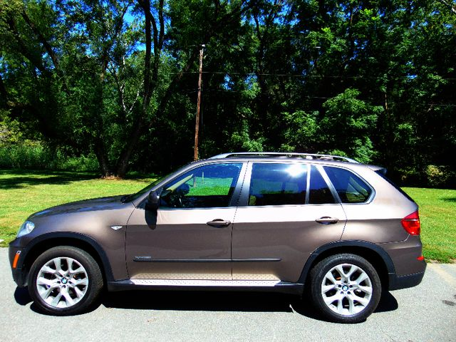2012 BMW X5 xDrive35i  Sport Activity Leesburg, Virginia 1