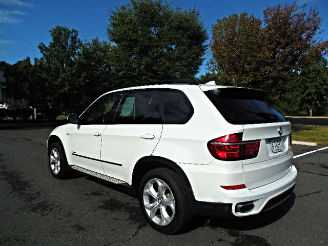 2012 BMW X5 xDrive50i AWD Leesburg, Virginia 4