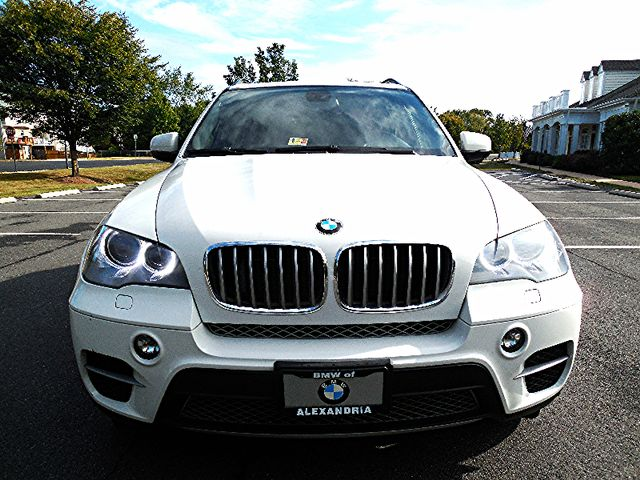 2012 BMW X5 xDrive50i AWD Leesburg, Virginia 1