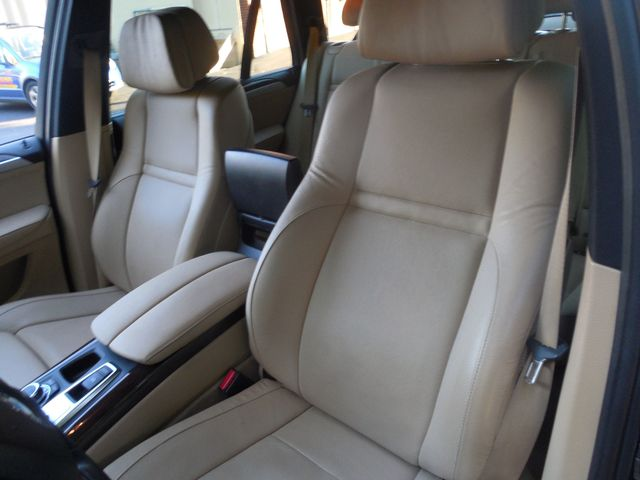 2012 BMW X5 xDrive50i M SPORT PKG/REAR ENT SYSTEM Leesburg, Virginia 10