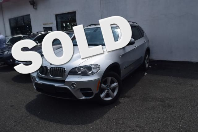 2012 BMW X5 xDrive50i 50i Richmond Hill, New York 0
