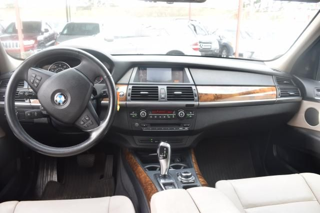 2012 BMW X5 xDrive50i 50i Richmond Hill, New York 11