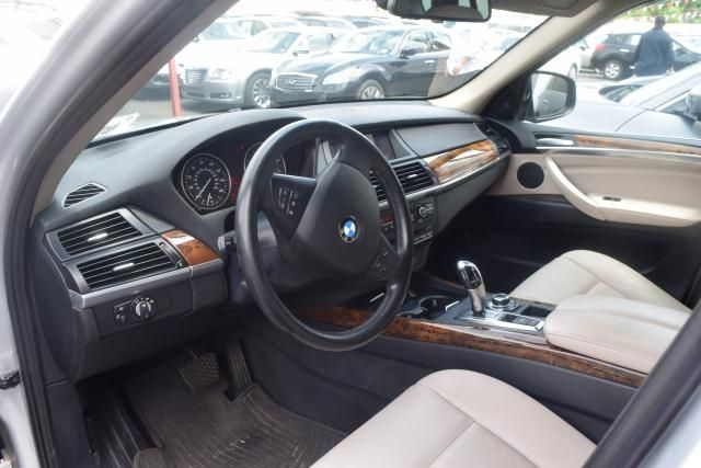 2012 BMW X5 xDrive50i 50i Richmond Hill, New York 14