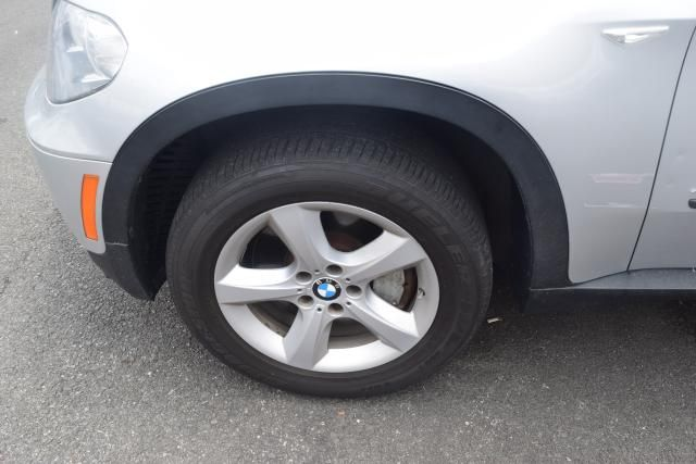 2012 BMW X5 xDrive50i 50i Richmond Hill, New York 23