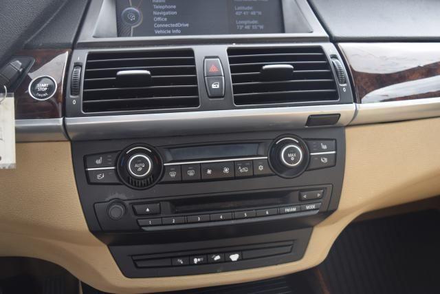 2012 BMW X5 xDrive50i 50i Richmond Hill, New York 21