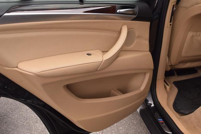 2012 BMW X5 xDrive50i 50i Richmond Hill, New York 8
