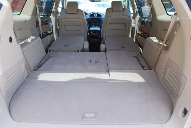 2012 Buick Enclave Premium  Brownsville TX  English Motors  in Brownsville, TX