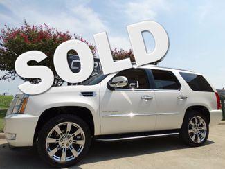2012 Cadillac Escalade Luxury EDT Sunroof, NAV, Rear Ent, Chromes 98k! | Dallas, Texas | Corvette Warehouse  in Dallas Texas