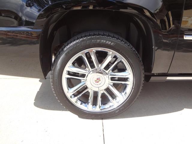 2012 Cadillac Escalade ESV Platinum Edition Austin , Texas 14