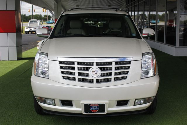 2012 Cadillac Escalade Luxury AWD - NAV - REAR DVD - SUNROOF! Mooresville , NC 18