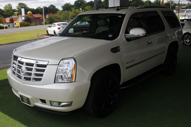 2012 Cadillac Escalade Luxury AWD - NAV - REAR DVD - SUNROOF! Mooresville , NC 24